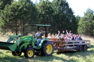 crystal-creek-ranch-hayride-7